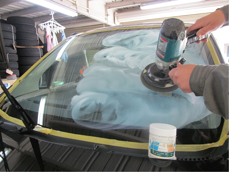 洗車メニュー 美滑水(びかすい)フロントガラスコート